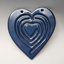 Heart finger labyrinth in dark blue